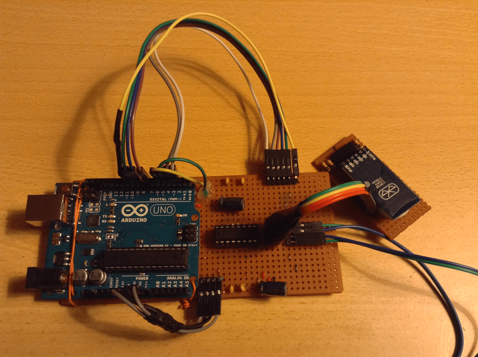 Arduino H-Bridge Circuit with Two Motor Control and Bluetooth Module